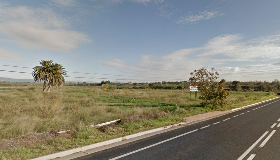 Un petit incendi crema a la carretera entre Constantí i Reus