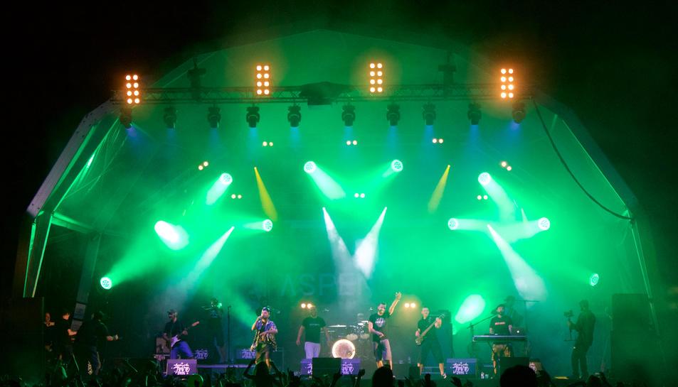 Rock, pop, reagge, ska i rap en la segona nit de l'Acampada Jove