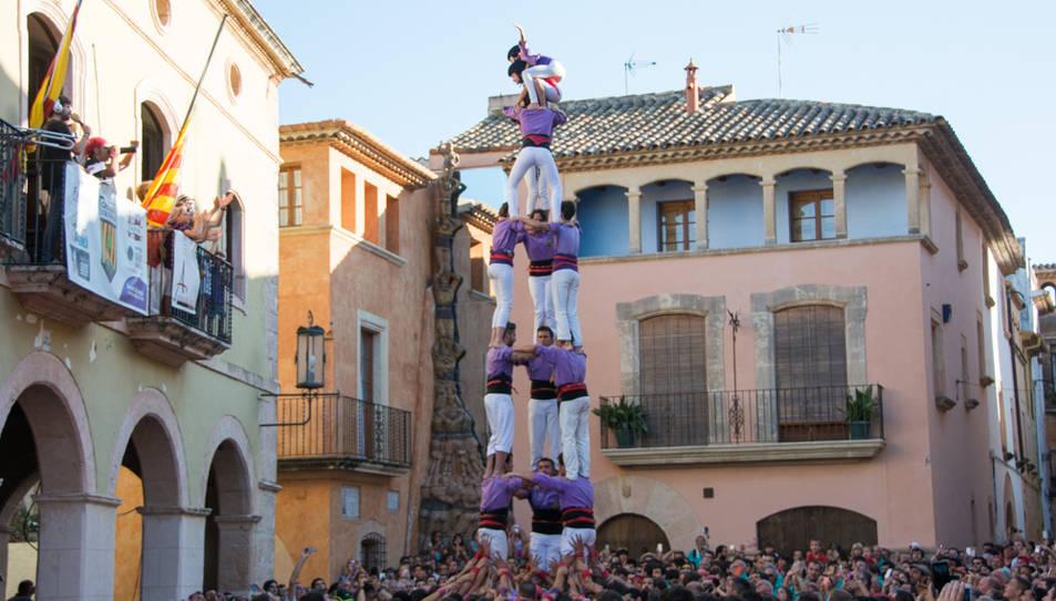 3de7 dels Castellers d'Altafulla a la Diada de les Cultures.