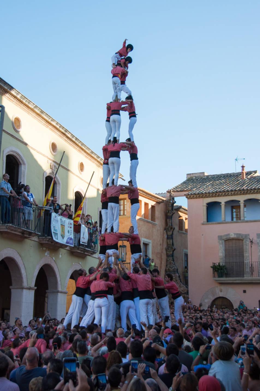 3de9 folrat de la Colla Vella de Valls a la Diada de les Cultures.