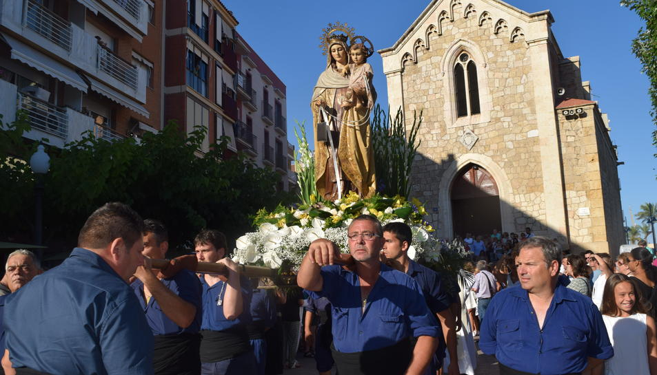 El Serrallo honora la Mare de Déu del Carme