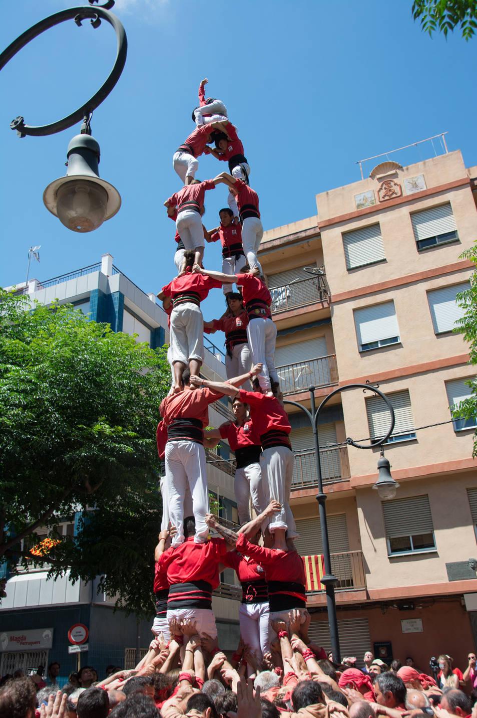 4de8 dels Castellers de Barcelona a la diada de la Verge del Carme.