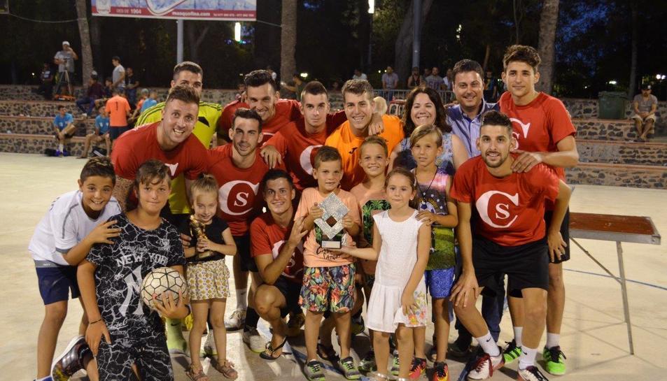 L'equip guanyador de les 24 hores de futbol sala de Vila-seca.