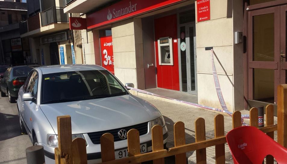 Atraquen una sucursal del banc Santander de Montblanc