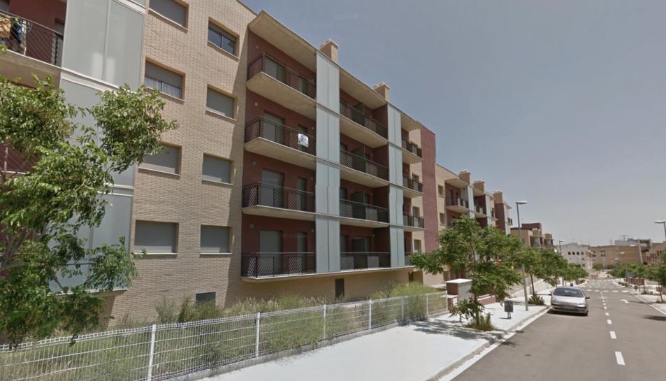 Imatge dels blocs d'habitatges al carrer Prat de la Riba.