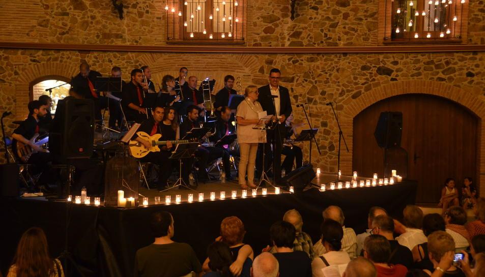 Música i espelmes solidàries a Riudecanyes