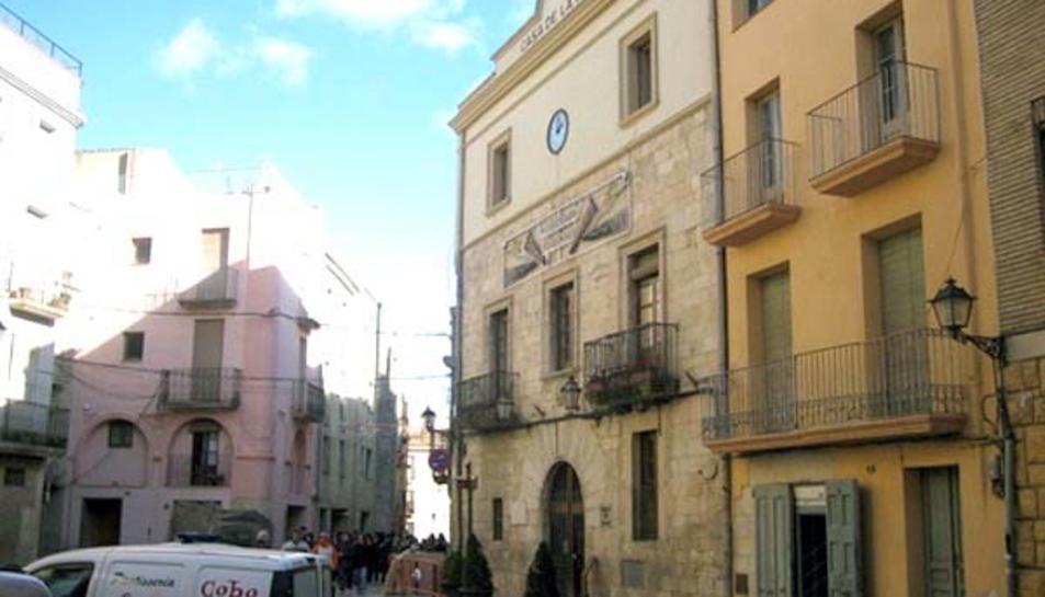 Detenen un treballador de l'Ajuntament de l'Espluga per agressions sexuals a una companya