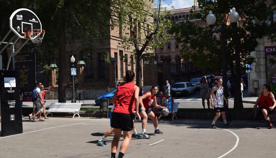 Los tarraconenses sudan la camiseta en el 3x3 Ciudad de Tarragona