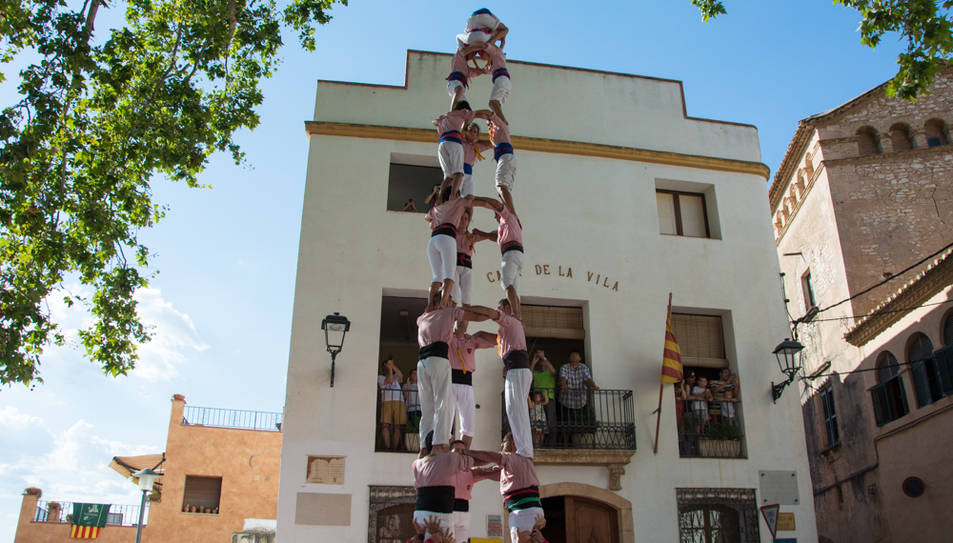 3de8 dels Xiquets de Tarragona a la diada de festa major de La Riera.