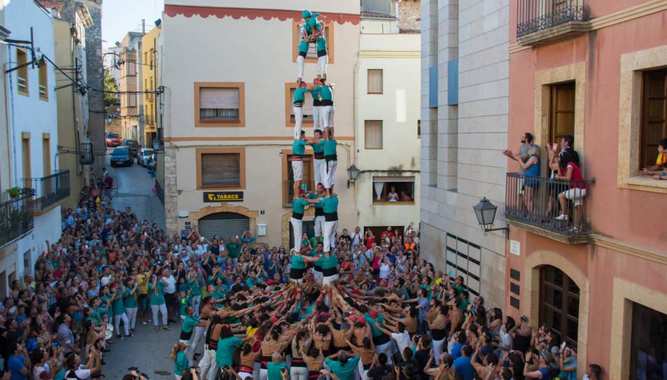 3de8 dels Castellers de Sant Pere i Sant Pau a la diada del Catllar.