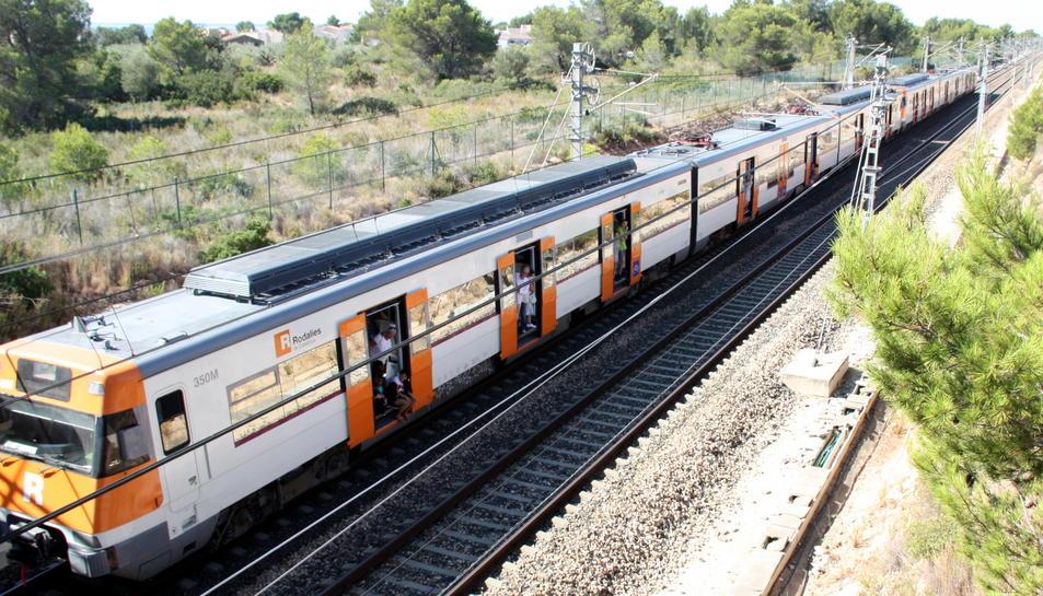 Es reprèn la circulació de trens entre l'Ametlla i l'Hospitalet amb 160 minuts de retard