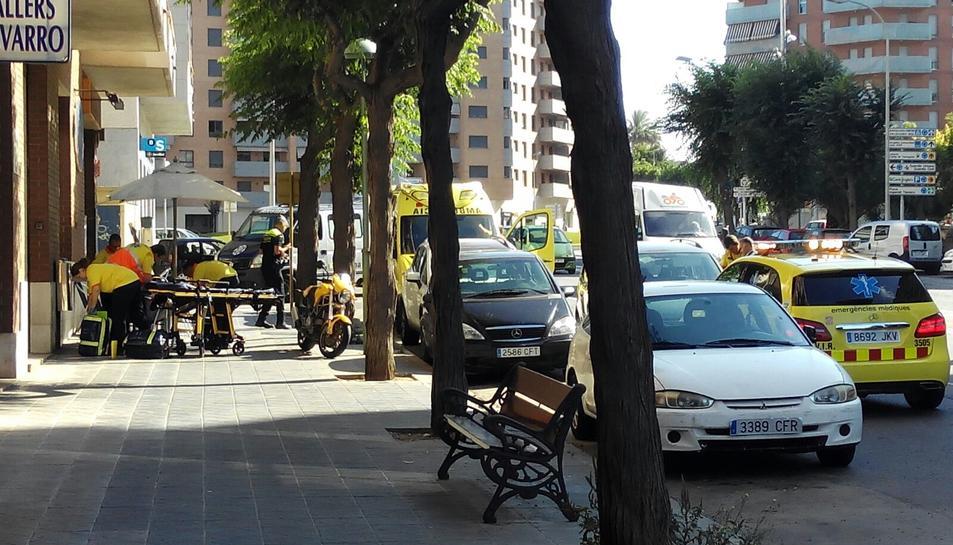 Atropellen un ciclista al carrer Joan Miró