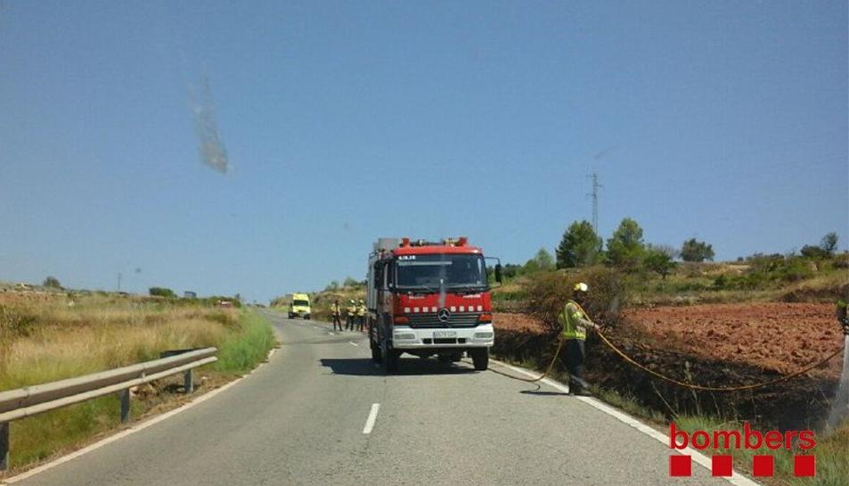 Un petit foc agrícola crema al terme de Vila-rodona