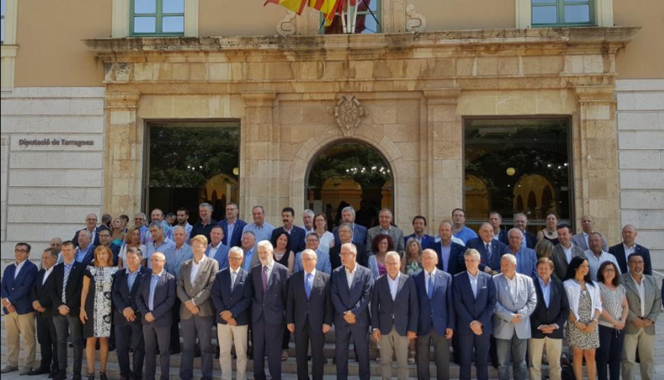 El CRT rep el suport dels alcaldes de la província