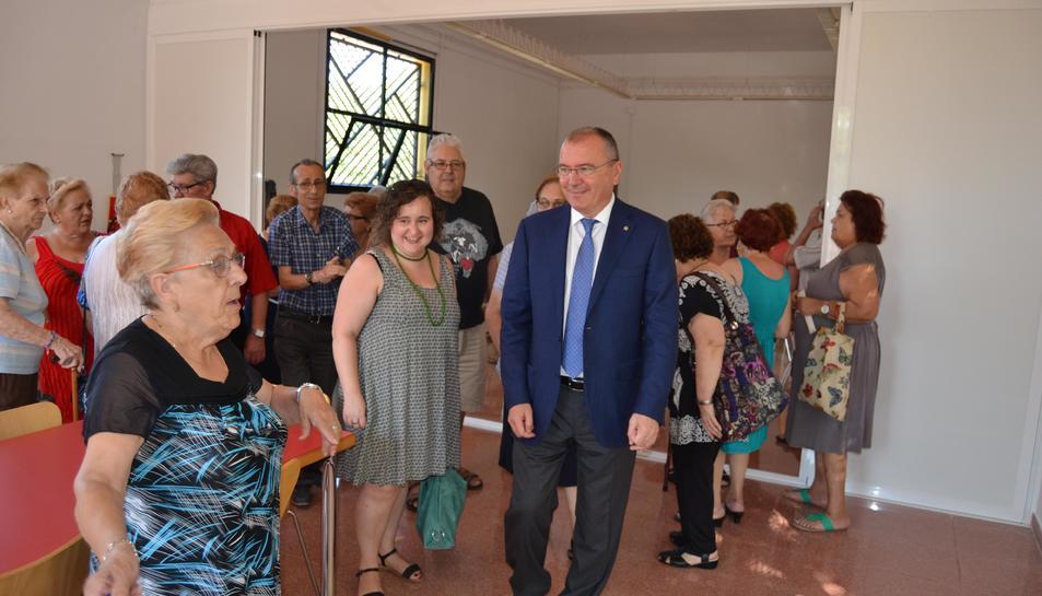 El Centre Cívic Mas Abelló es reforma per integrar el Casal de la Gent Gran del barri
