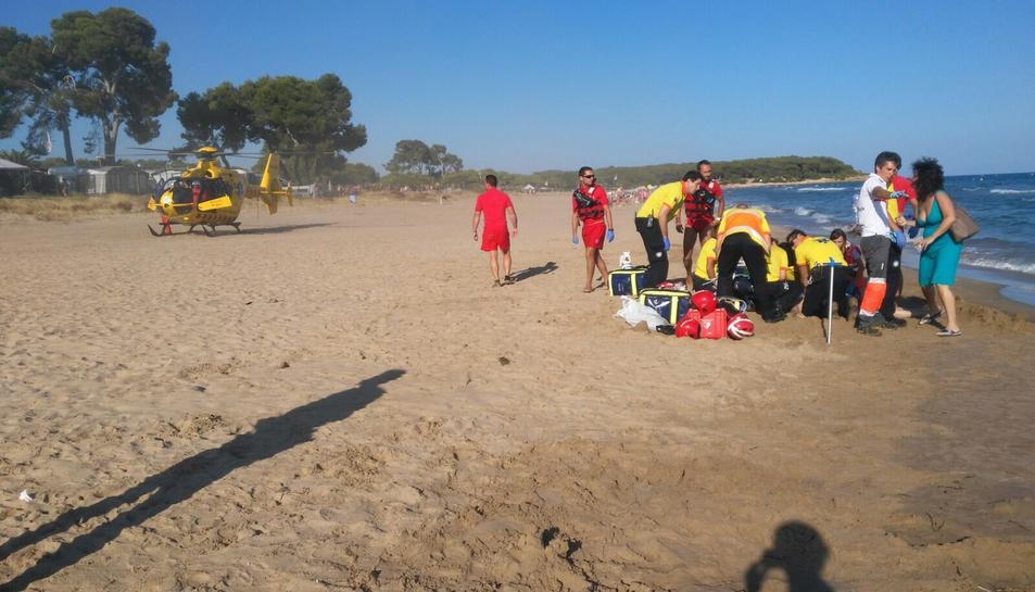 Mor un home suís de 82 anys ofegat a la platja Llarga