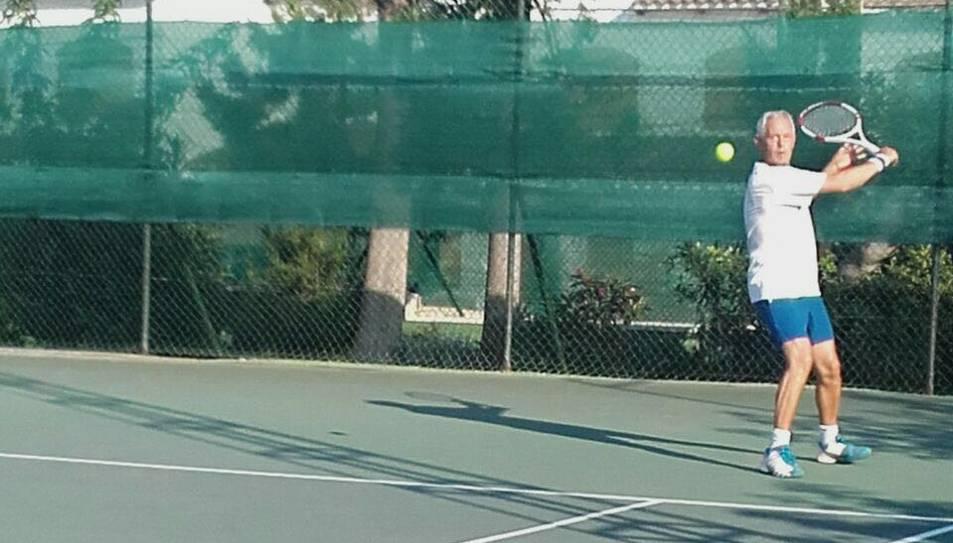 Tennistes Absolut d'Espanya participen al VII Open d'Estiu del Club Tennis Barà