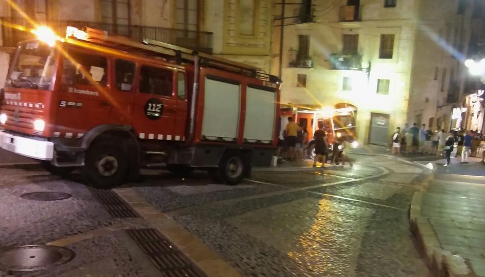 Els camions de Bombers, pels carrers de la Part Alta.