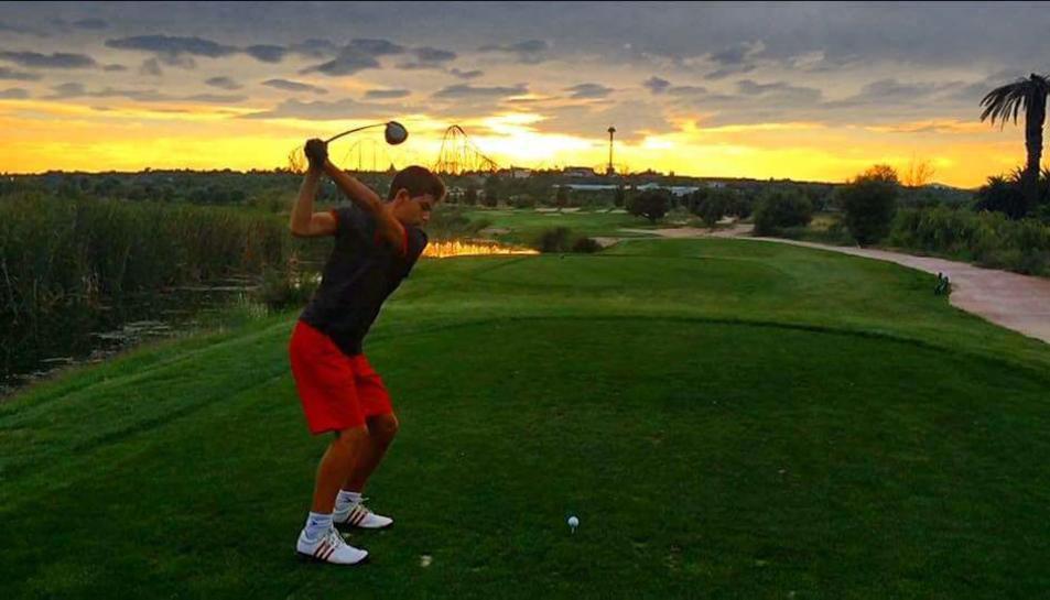 Arnau Pallas Ferrando es proclama guanyador de l'Iron Golf 2016