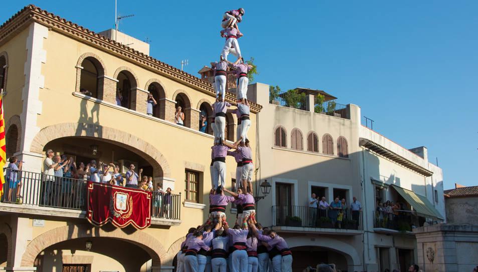 4de9 folrat de la Colla Jove de Tarragona a la diada de festa major de Vilallonga del Camp.