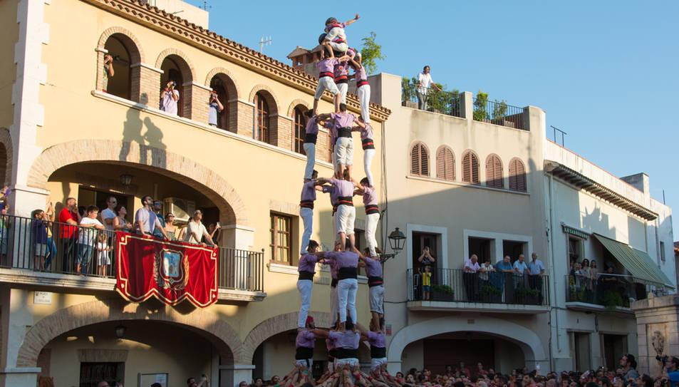 5de8 de la Colla Jove de Tarragona a la diada de festa major de Vilallonga del Camp.