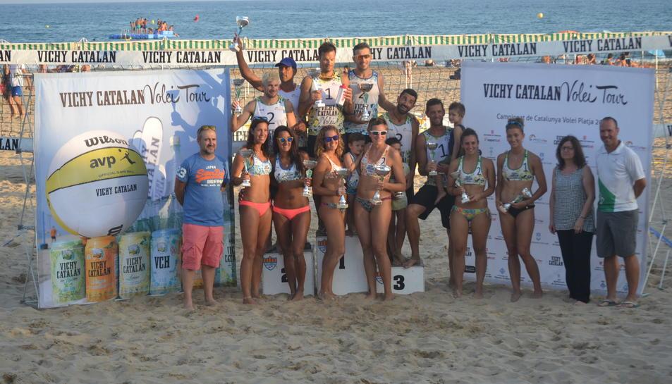 Correo-Badosa i Garcia-Martínez s'imposen a la setena prova del Vichy Catalan Volei Tour
