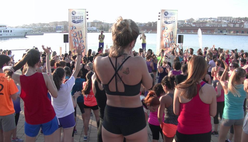 El Port Tarraco Sunset Festival es mou al ritme de zumba