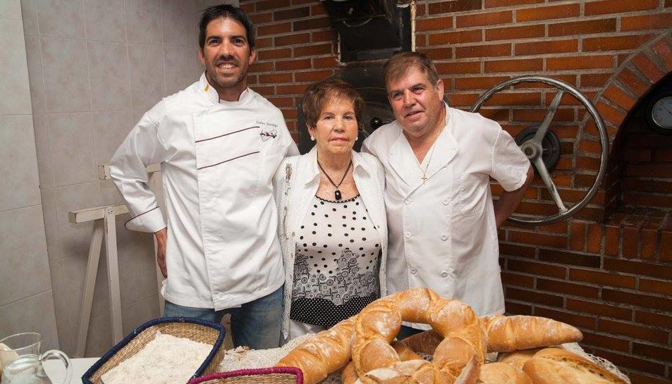 El Forn Domingo elabora una nova varietat de pa amb aigua de mar