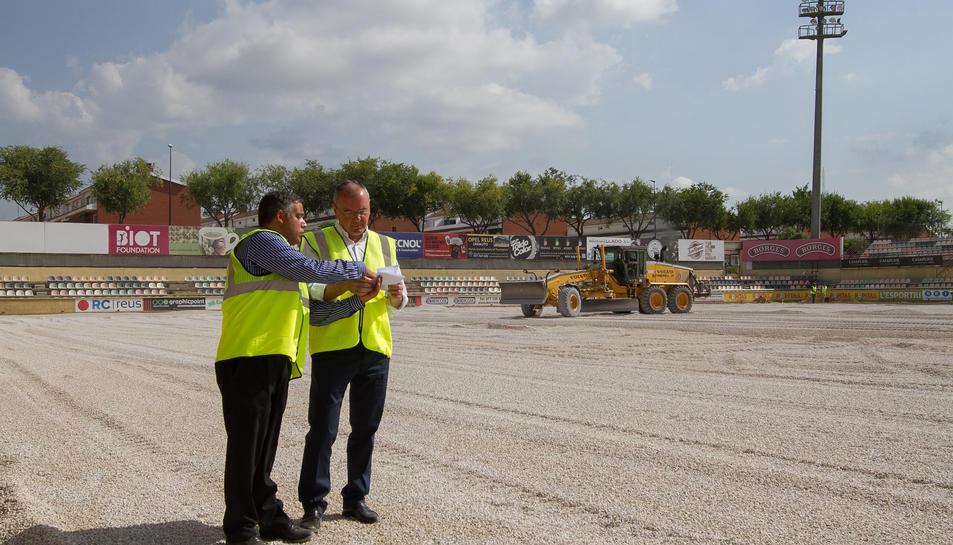 Jordi Cervera i Carles Pellicer durant la visita a les obres.