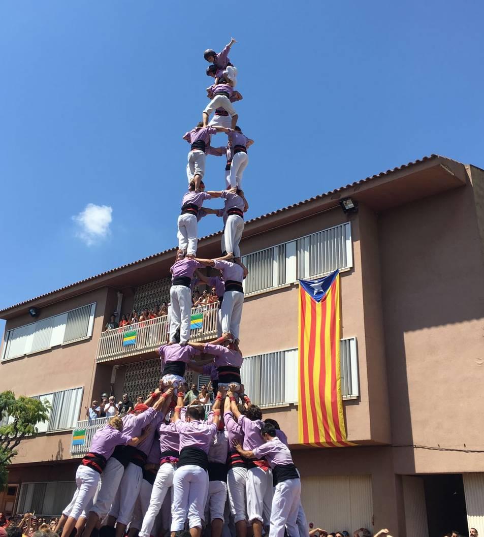 4de9 amb folre de la Colla Jove de Tarragona.