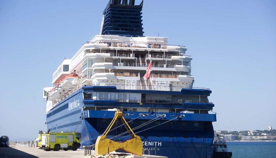El vaixell Zenith va ser remodelat l'any 2012 i és una de les icones de la flota Pullmantur.