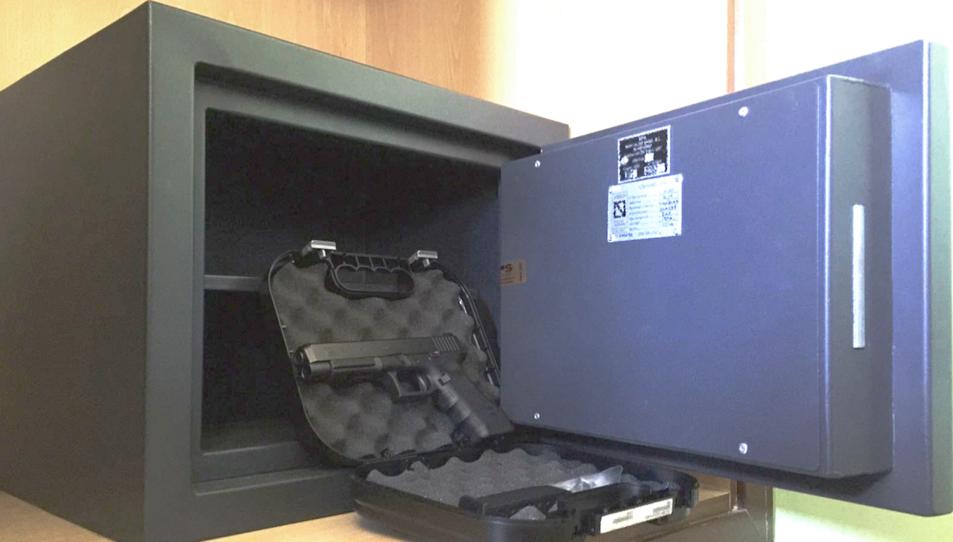 Imatge d'una caixa forta per a una arma de tir esportiu de tipus F.