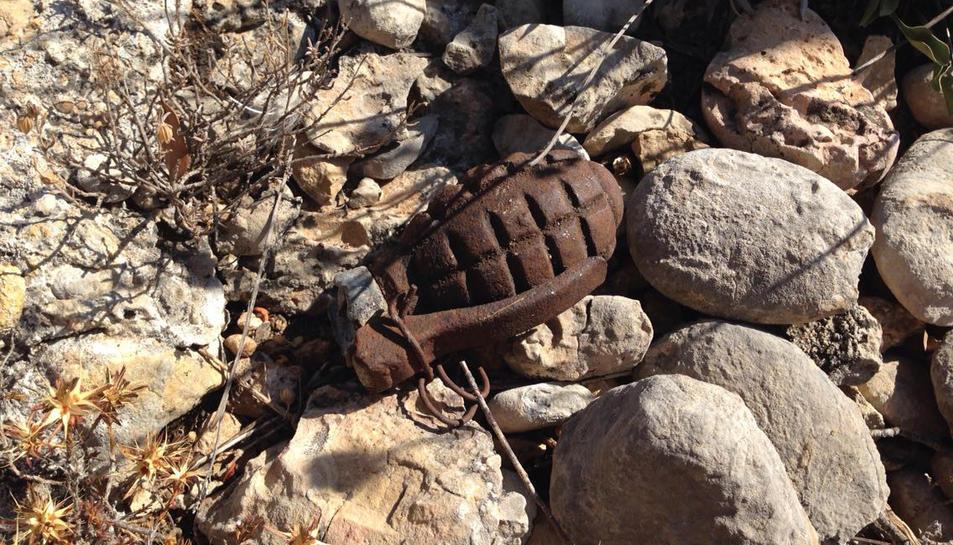 Un menor de 6 anys troba una granada de la Guerra Civil