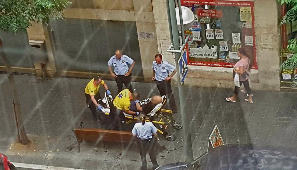 Els testimonis asseguren que la víctima treia sang pel nas.