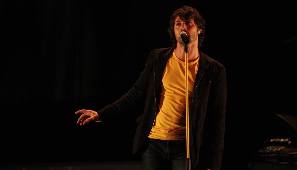 L'Himne del Casteller tindrà una versió pop cantada pel vocalista de Lax'n'Busto