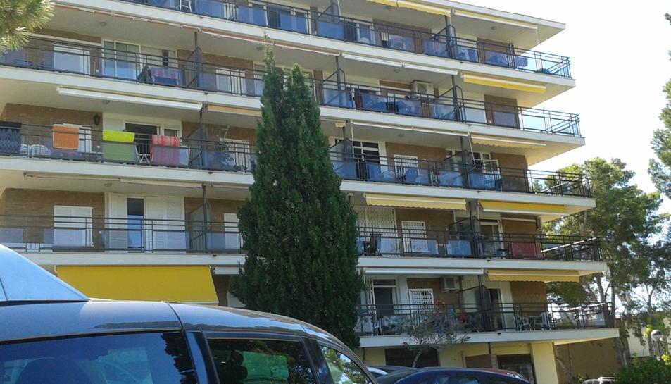 Roben a quatre apartaments del Cap Salou mentre els veïns dormien