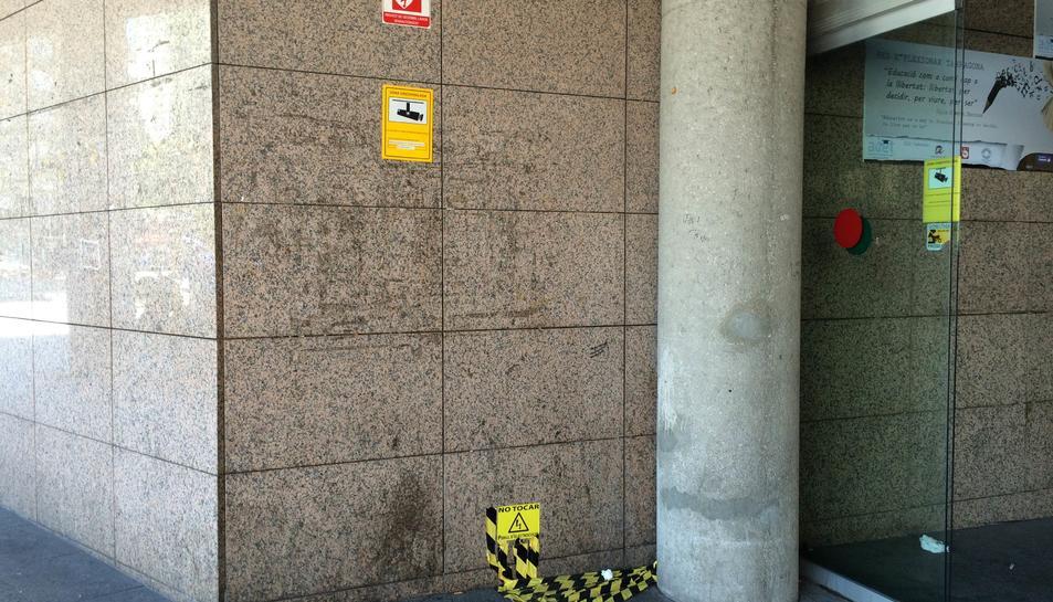 Reforçaran els tòtems dels desfibril·ladors per evitar més robatoris i vandalisme