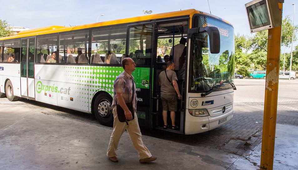 El bus exprés Reus-TGN clou el primer any de servei amb 670 viatgers per dia
