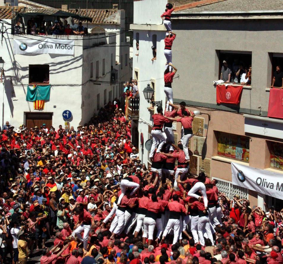 4de9 amb folre i agulla de la Colla Vella de Valls a La Bisbal del Penedès.