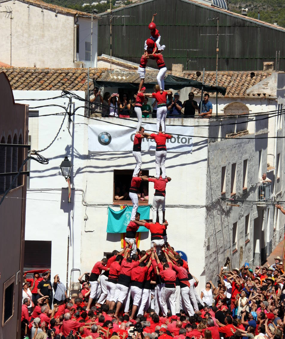 3de9 folrat de la Colla Joves de Valls a La Bisbal del Penedès.