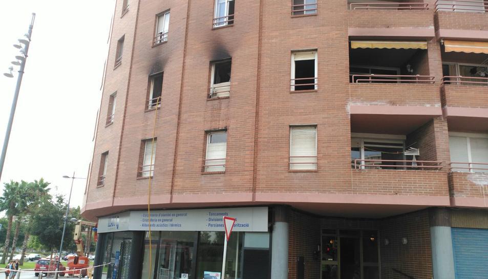Mor una persona en l'incendi d'un habitatge a Reus