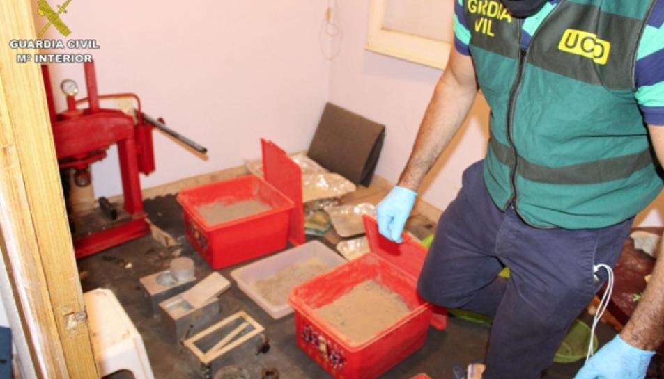 Desmantellen una xarxa de tràfic d'heroïna procedent de Turquia i els Balcans