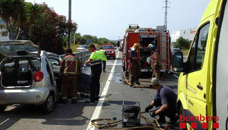 Un ferit greu en un accident a l'N-340 al Vendrell