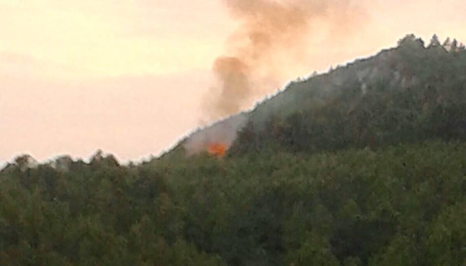 Un incendi crema a Pratdip