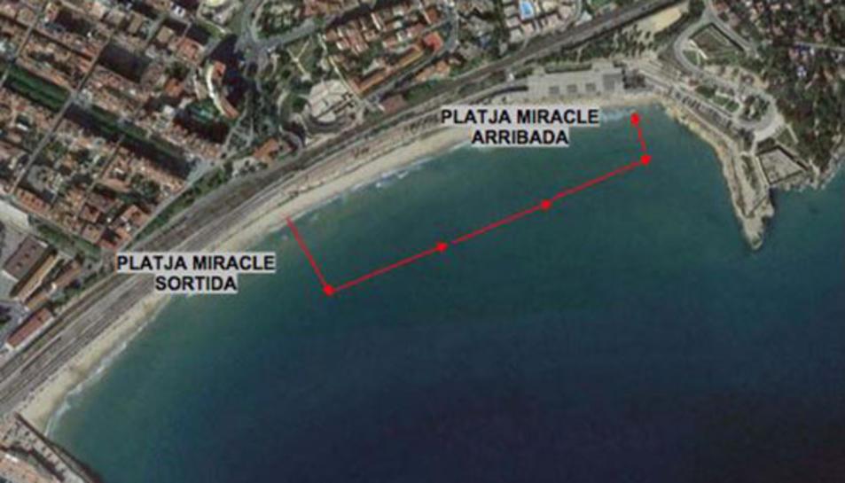La II Open Water Costa Daurada uneix la platja Llarga i la del Miracle en una prova d'aigües obertes