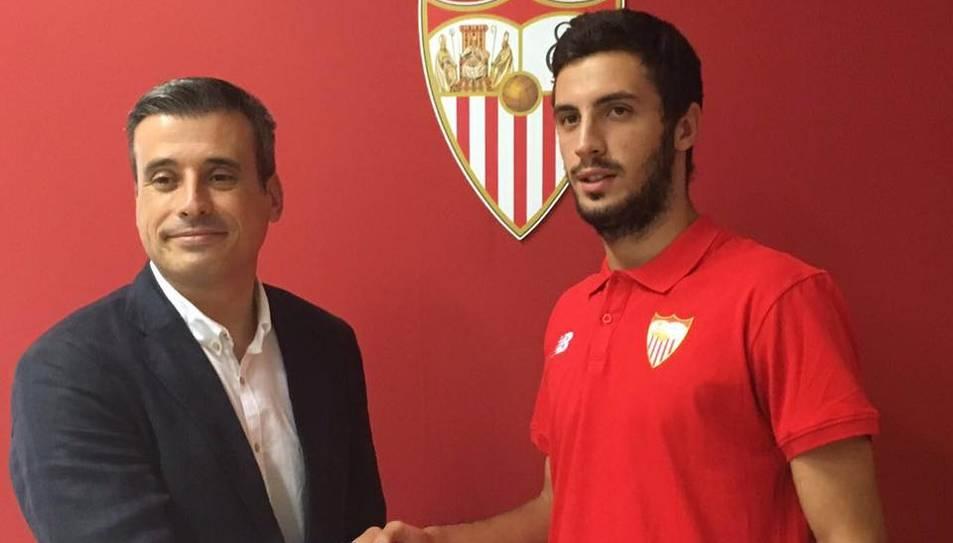 Giorgi Aburjania al Sevilla FC.