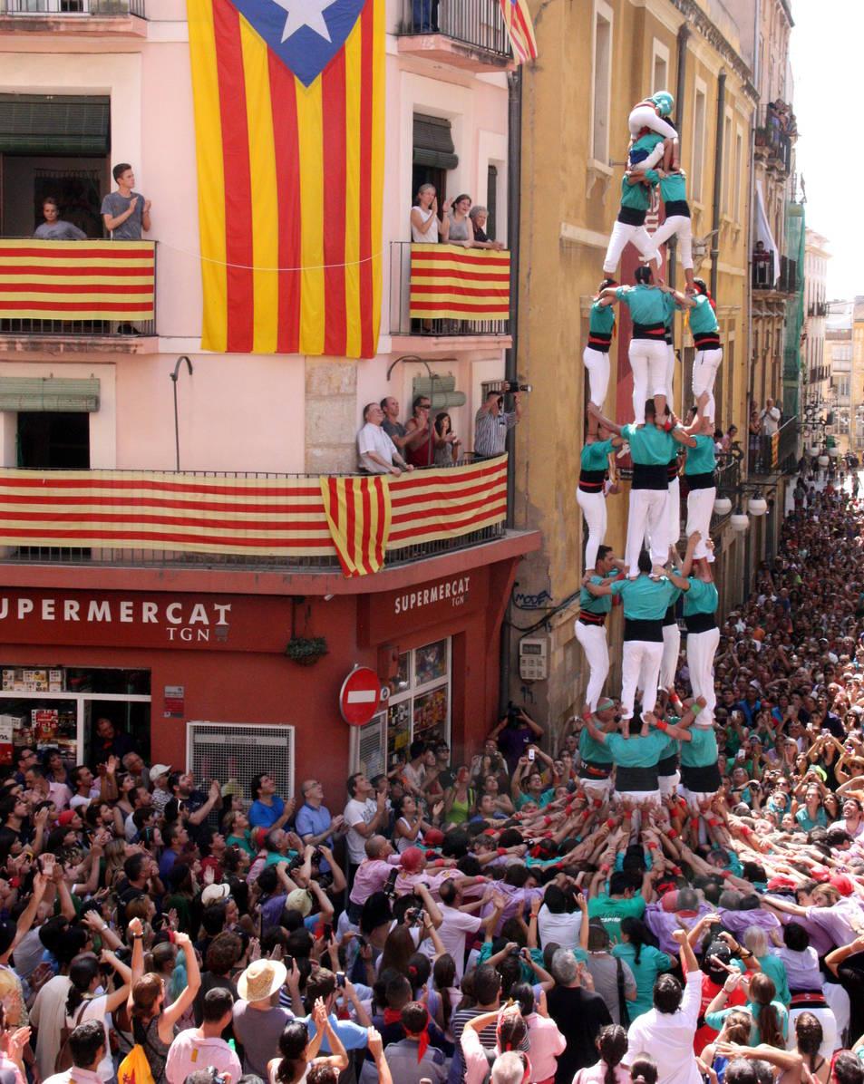 4de8 dels Castellers de Sant Pere i Sant Pau.