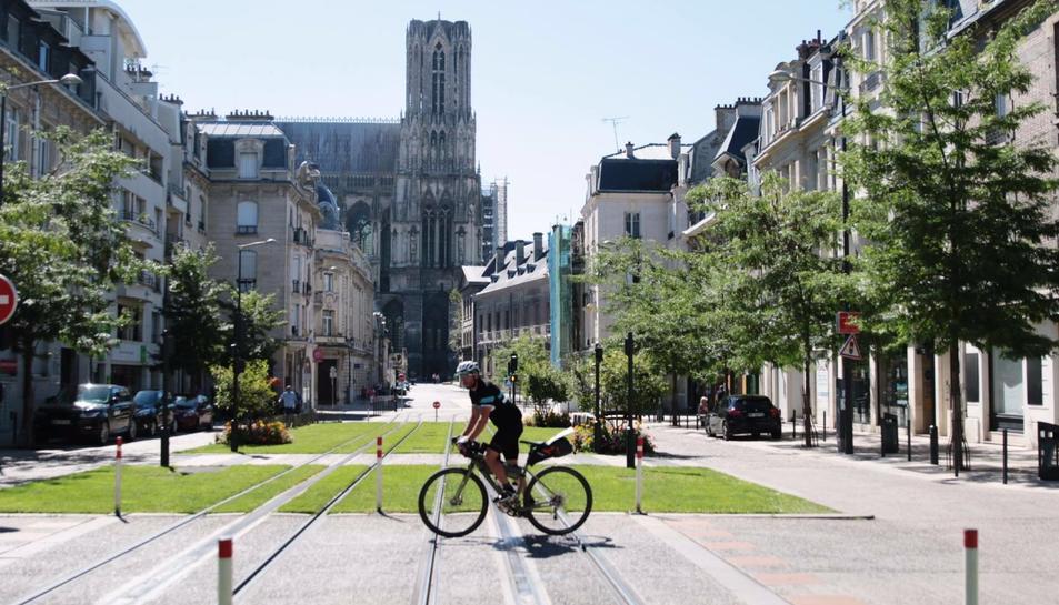 10 dies i mig sobre la bicicleta per França