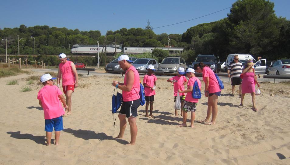 Mediterrània lamenta que la Generalitat «es desentengui» de la moció aprovada sobre la platja Llarga