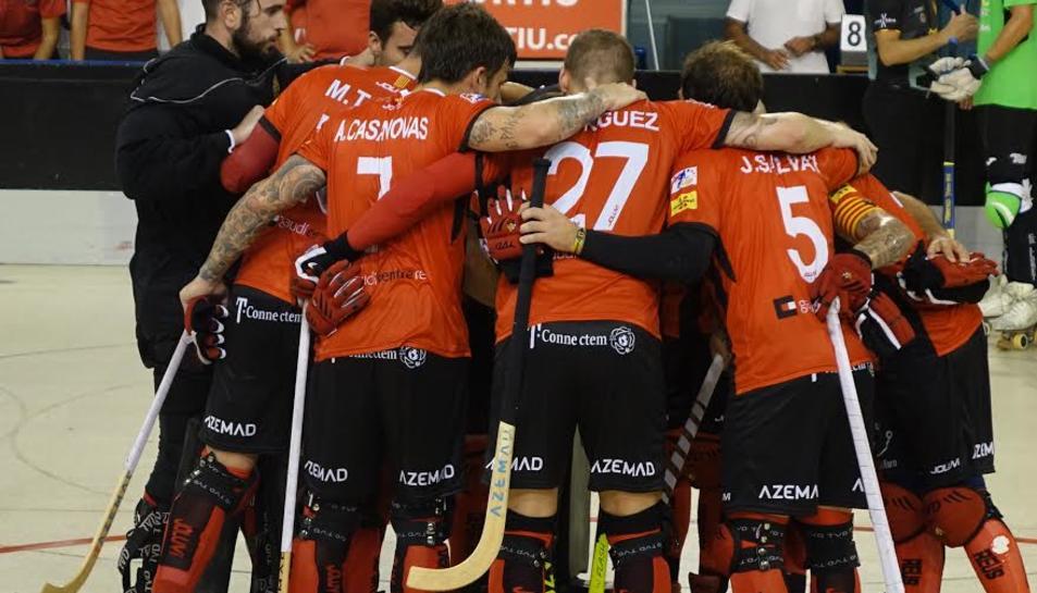 Els jugadors del Reus Deportiu, celebrant un gol.